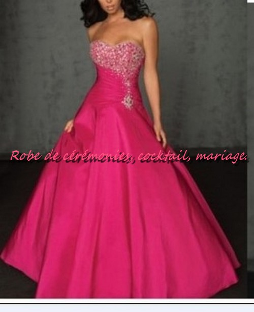 robe de cocktail en dentelle