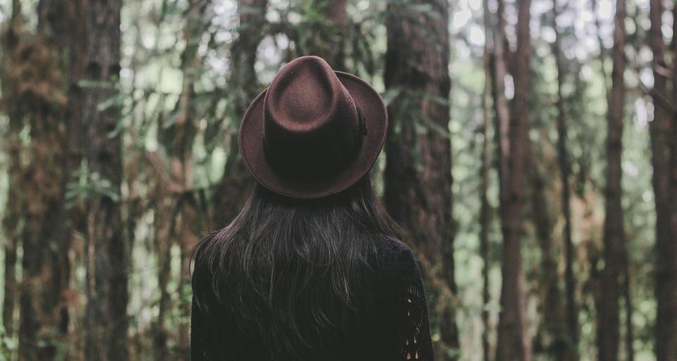 Nos conseils pour bien choisir votre chapeau tendance